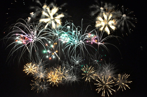 New Years Eve 2010 - Dubai Fireworks by Sarah_Ackerman. CC by 2.0.